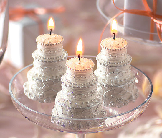 Cake Images With Candle : >I m in the Mood for